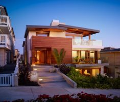 Modern House with Small Garden for Outstanding Dream House Design on Ramp House