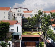 Narrow Dream House Design with Garden on Sloping Roof Terrace