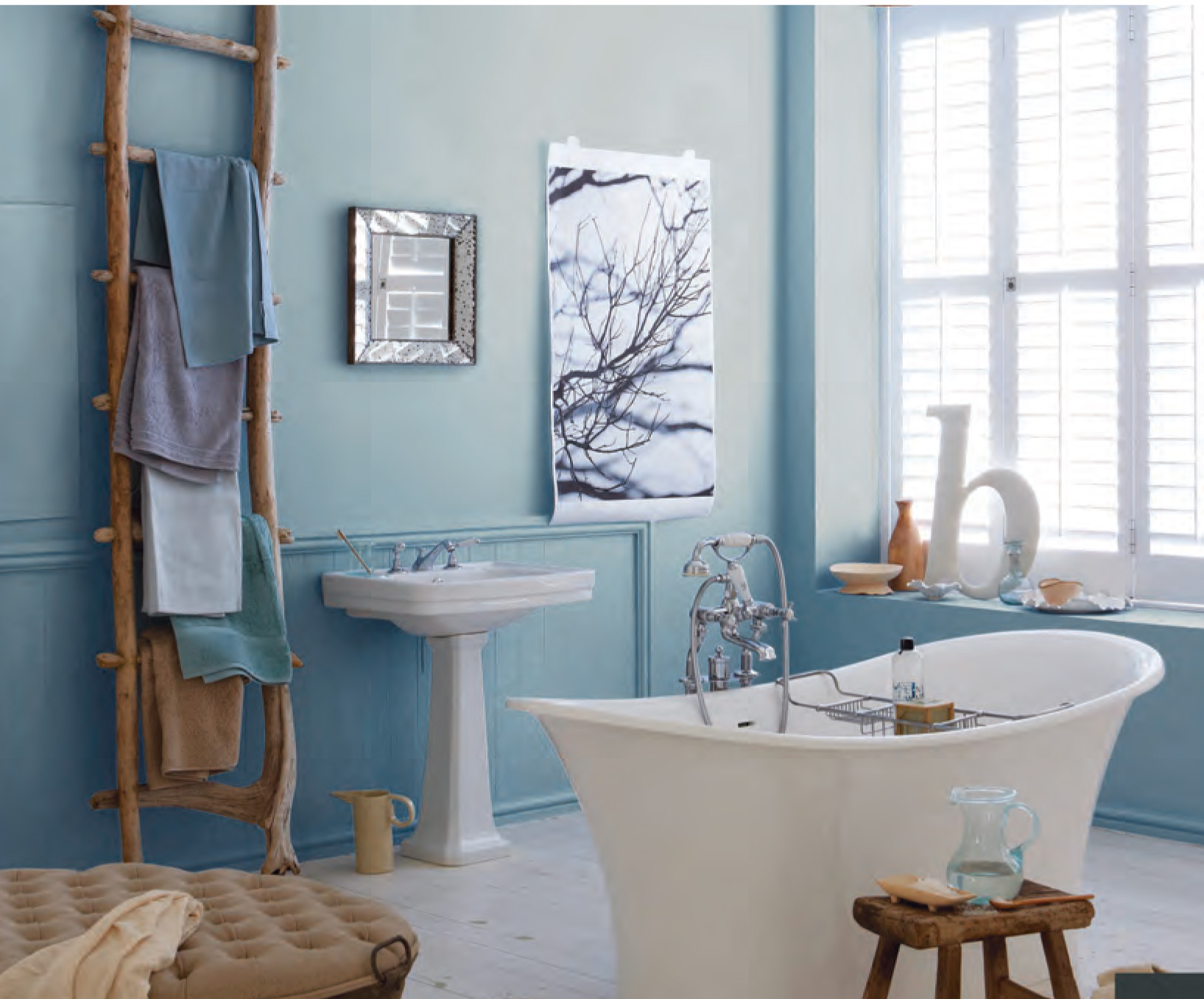 Blue bathroom ideas for Bathroom designs blue