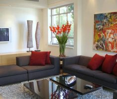 beauty apartment decorating ideas with abstrack painting and floral