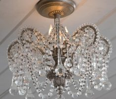classic cystal shabby chic chandeliers