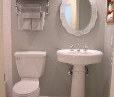 classical bathroom for small space
