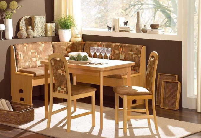 corner-kitchen-table-design-ideas