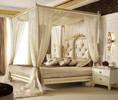 luxurious queen bedroom sets with four pillar bedding with ivory schemed colours
