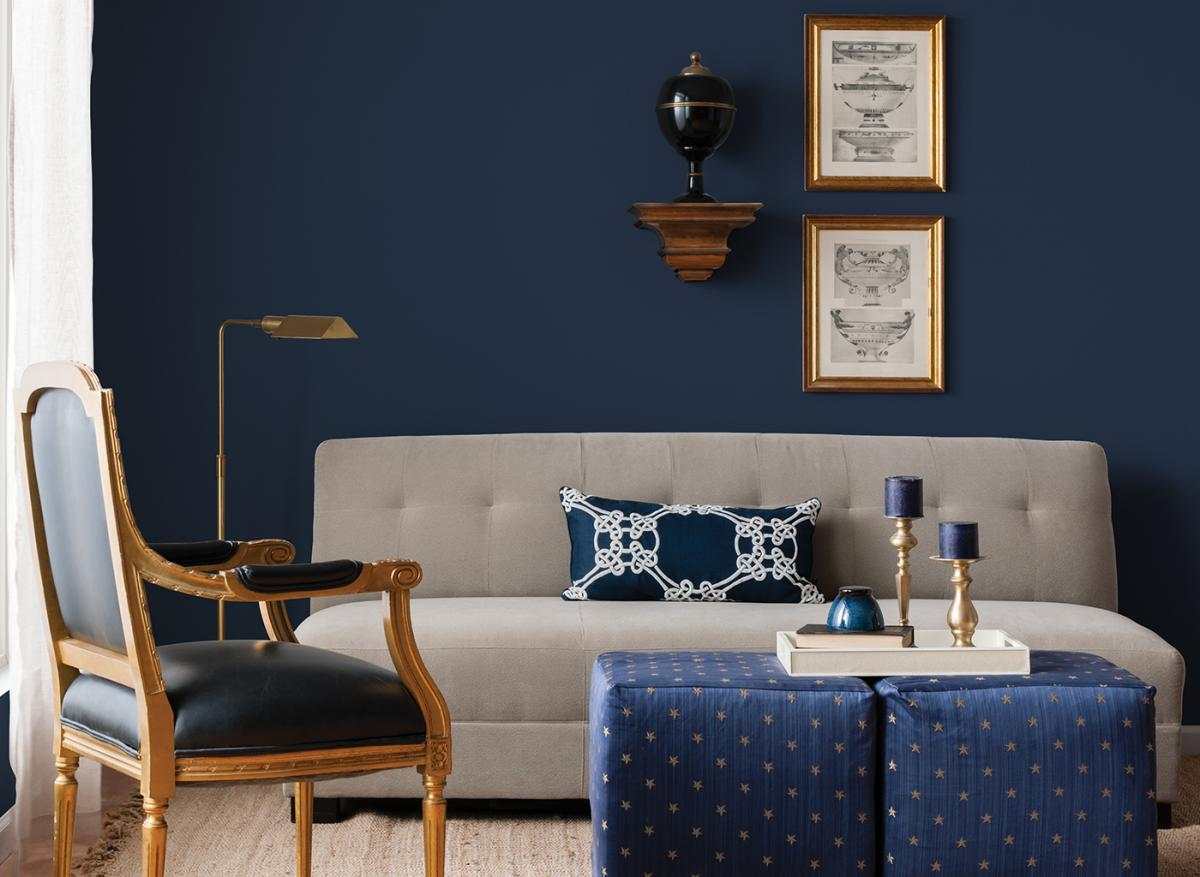 navy blue living room wall decor with blue table home