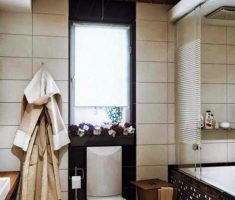 nice bathroom for small space apartment