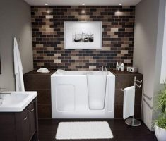 prety bathroom for small space with small tub