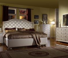 silver chrome queen bedroom sets with brown mattress and blanket