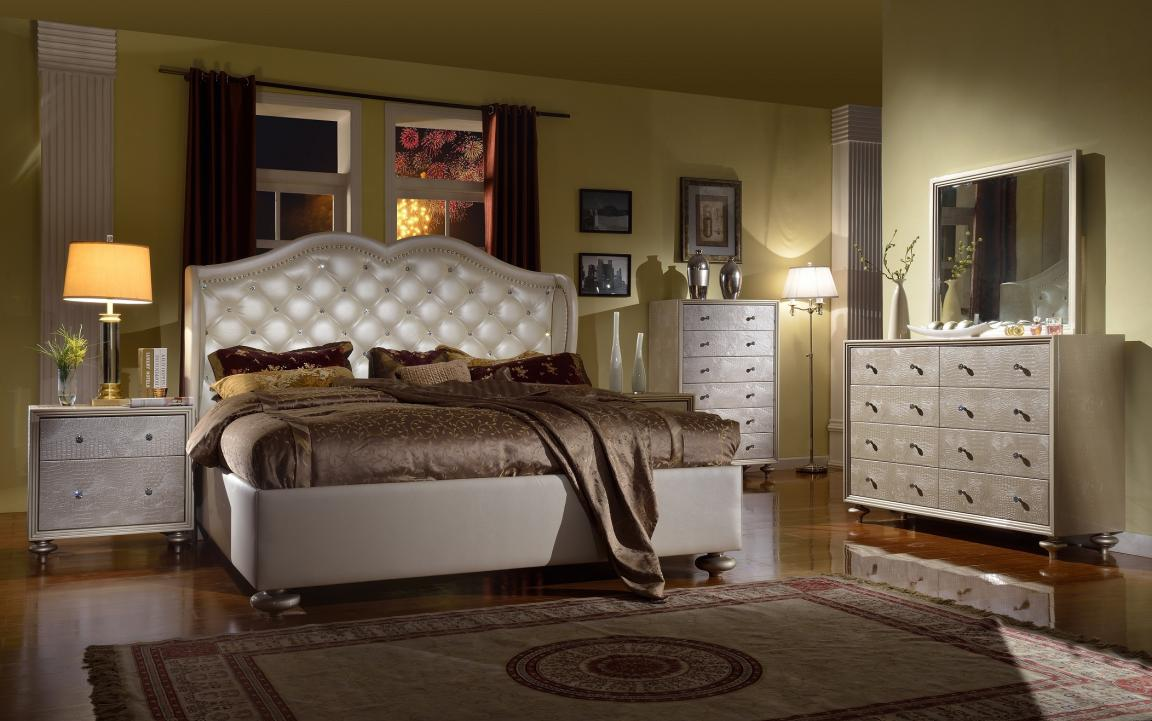 Silver Chrome Queen Bedroom Sets With Brown Mattress And