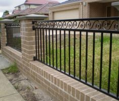 simple metal fence design