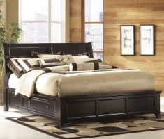 big double matress with oak bedroom decoration furniture and storage drawer
