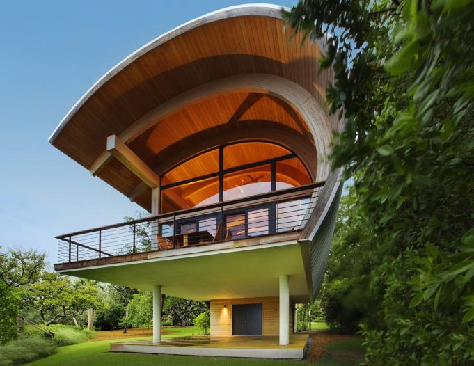 fascinating-unique-cabin-with-half-circular-shaped-for-modern-residence