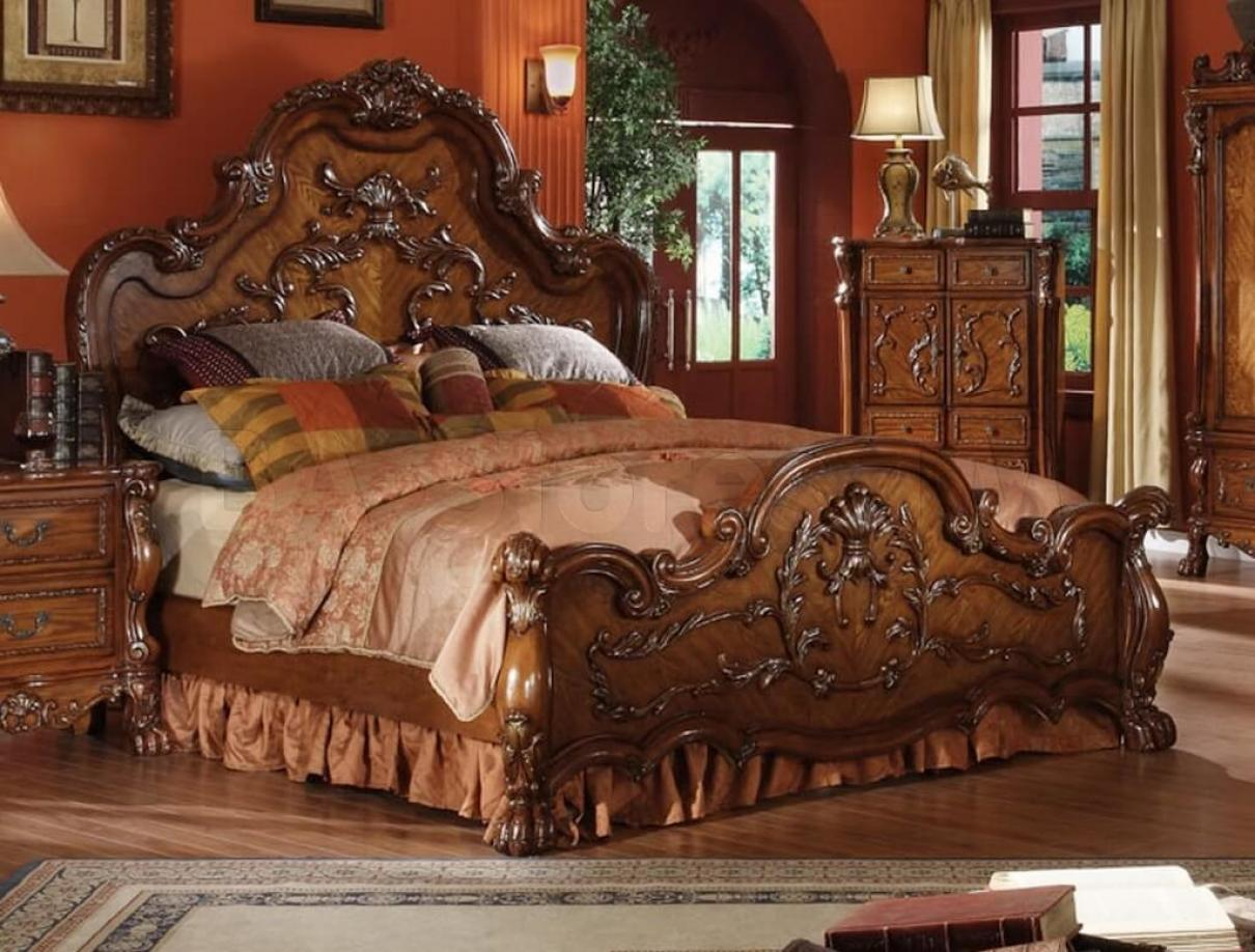 luxurious-oak-bedroom-decoration-furniture-with-floral-carving