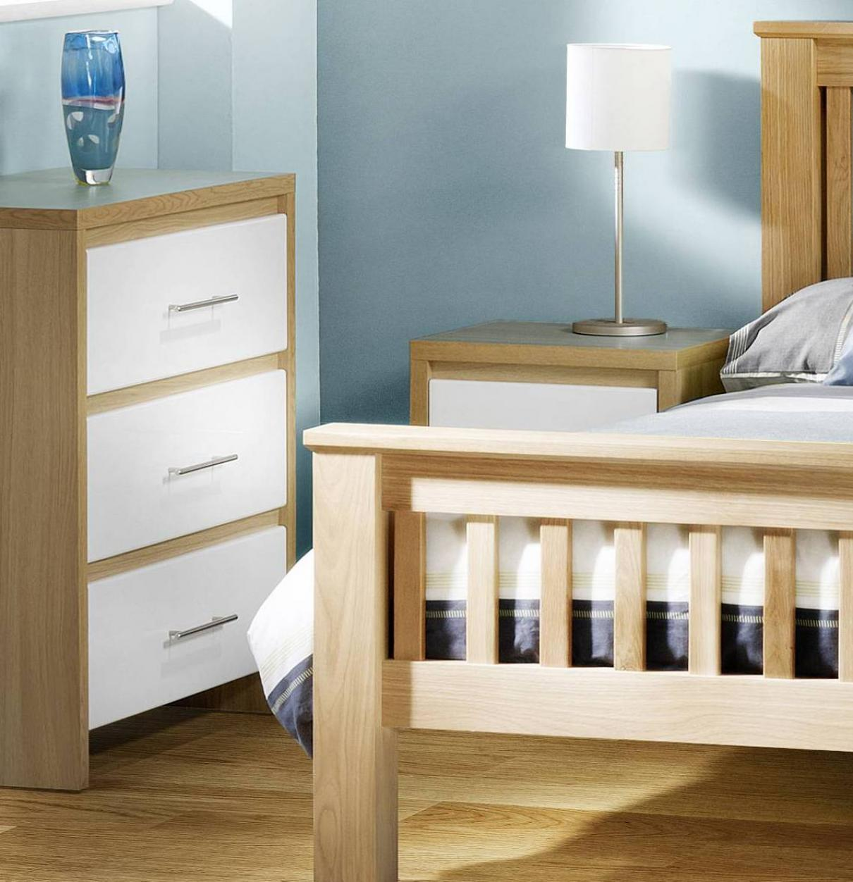 Minimalist white oak bedroom decoration furniture home for Minimalist bedroom furniture
