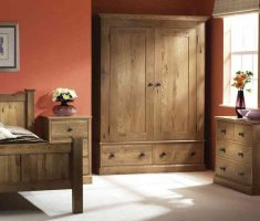 traditional oak bedroom decoration furniture with cabinets and drawers