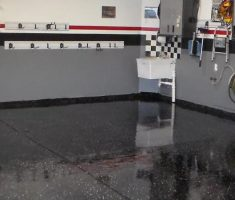 ... black epoxy garage floor ...