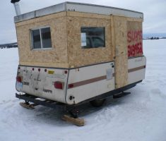 creative portable small ice fishing house