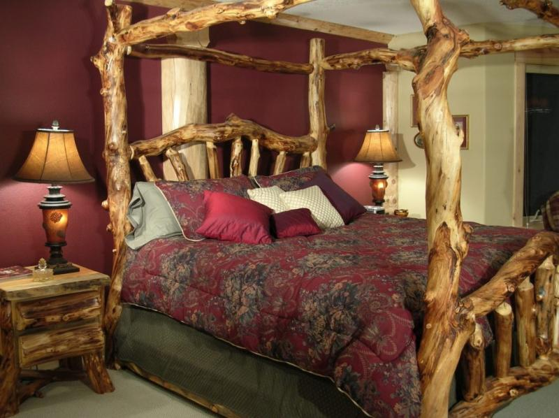 diy-wood-canopy-beds