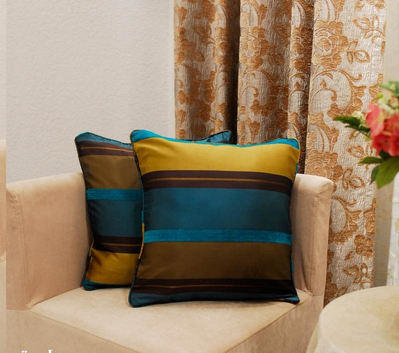 elegant-blue-and-gold-strippes-throw-pillow-covers-design