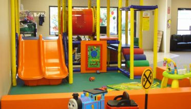 fancy-kids-indoor-playground-with-sliding