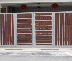 fancy wood and metal material of front gate designs for small house