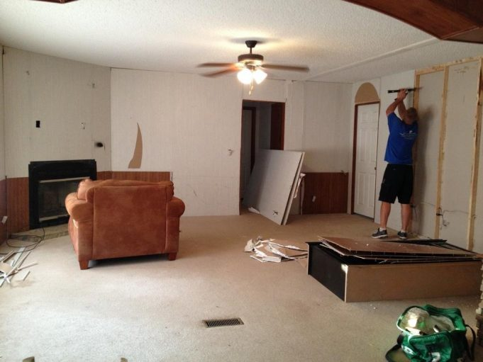 how-to-remove-drywall-the-right-way