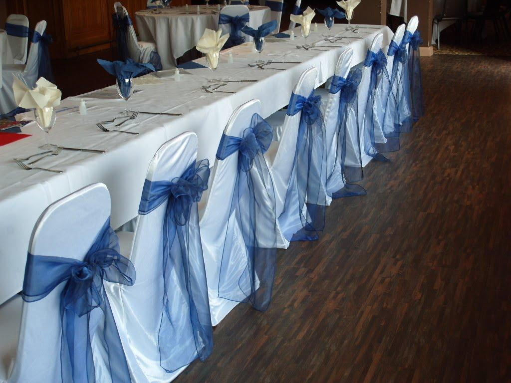 Minimalist-beautiful-white-folding-chair-covers-with-blue