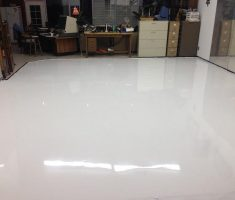 nice white epoxy garage floor