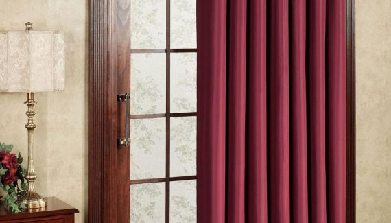 patio-door-curtain-with-red-color-design