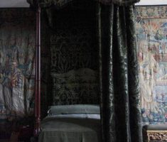 small gothic canopy beds with black gothic curtain