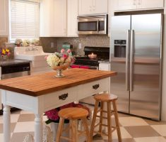 traditional modern small kitchen with island