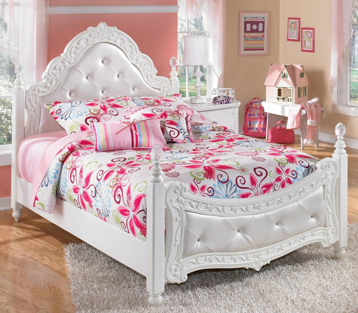 White royal girls bedroom furniture with pink ascents - White bedroom furniture for girl ...