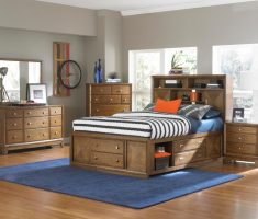 broyhill bedroom furniture with storage space under bed and drawers