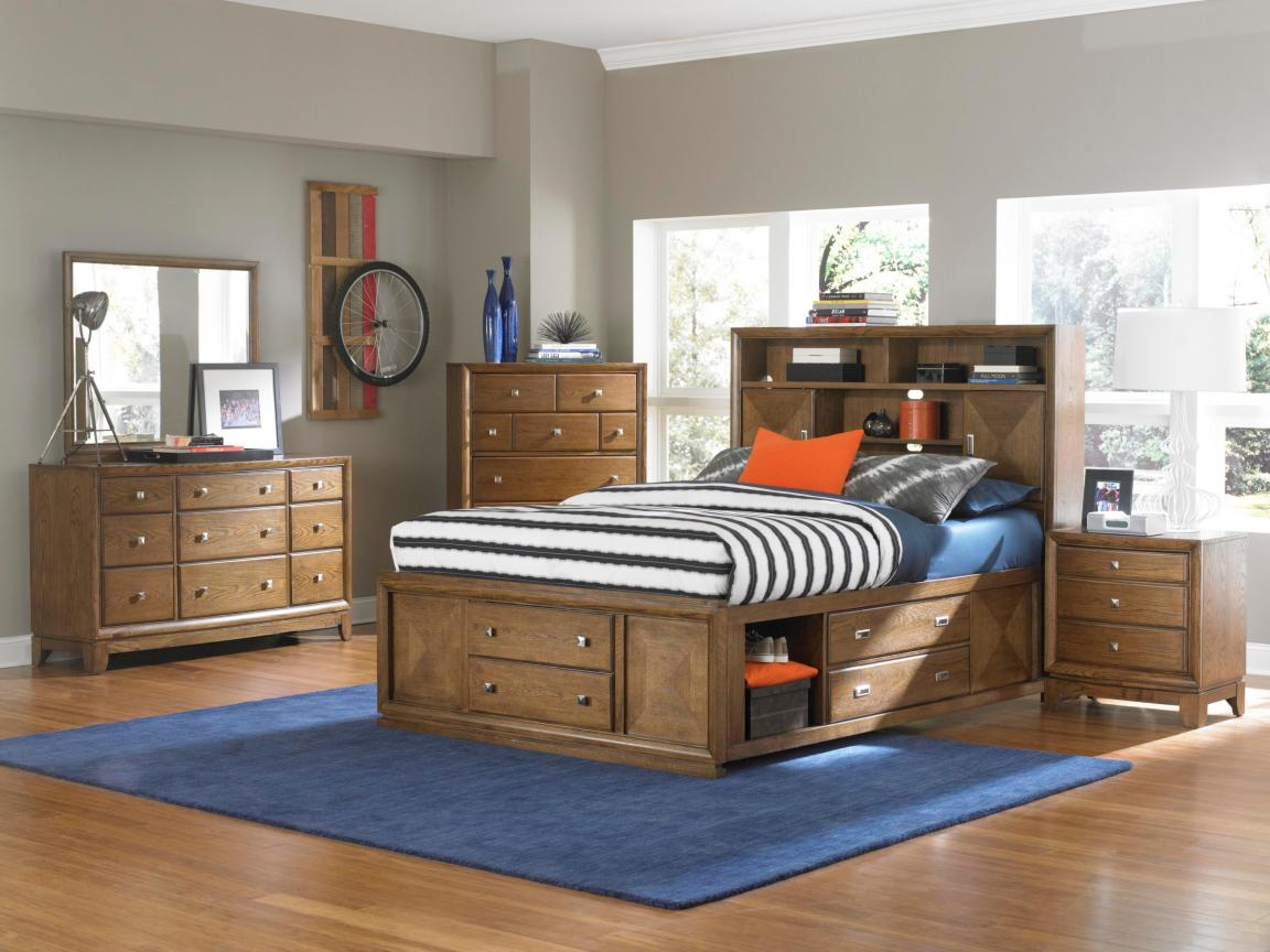 broyhill-bedroom-furniture-with-storage-space-under-bed-and-drawers