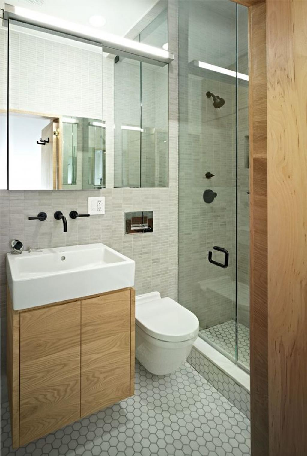 fabulous-modern-small-bathroom-remodelling-with-hanging-wooden-bathroom-cabinet