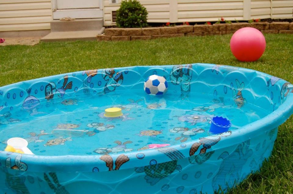 Plastic Garden Pool For Kids With Animal Sea Paint