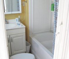 small bathroom remodelling white theme