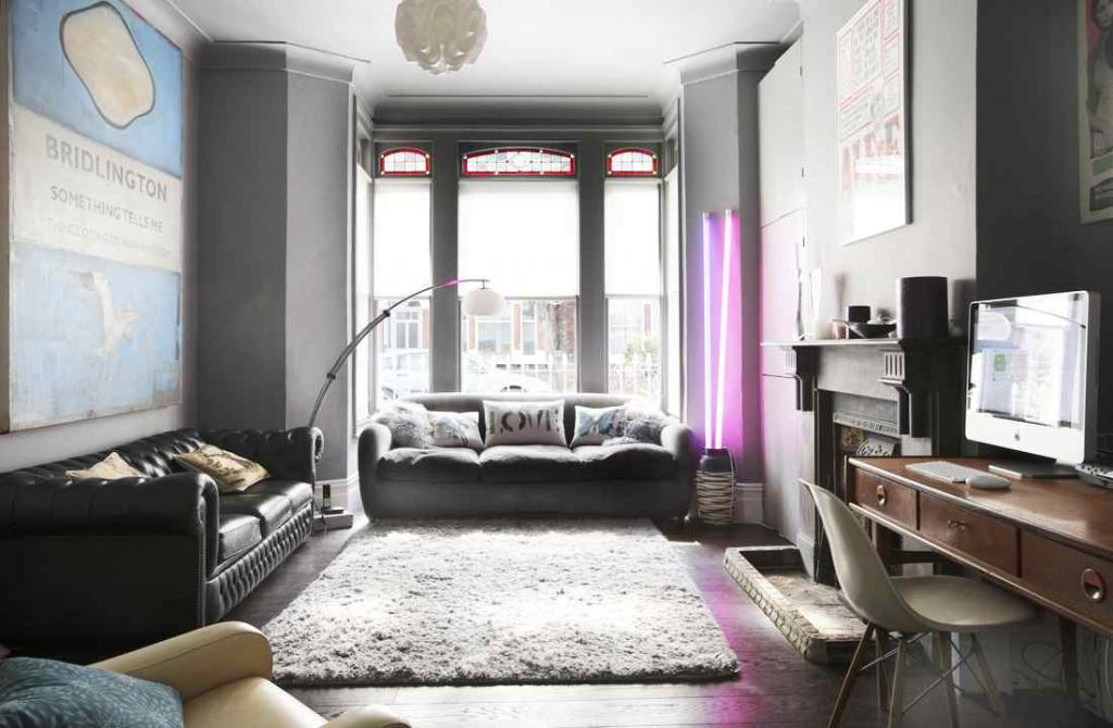small-living-apartment-with-modern-victorian-style-interior-design