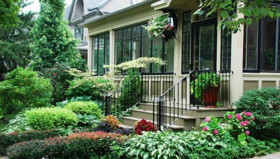alluring-natural-landscaping-ideas-for-front-yard-with-porch