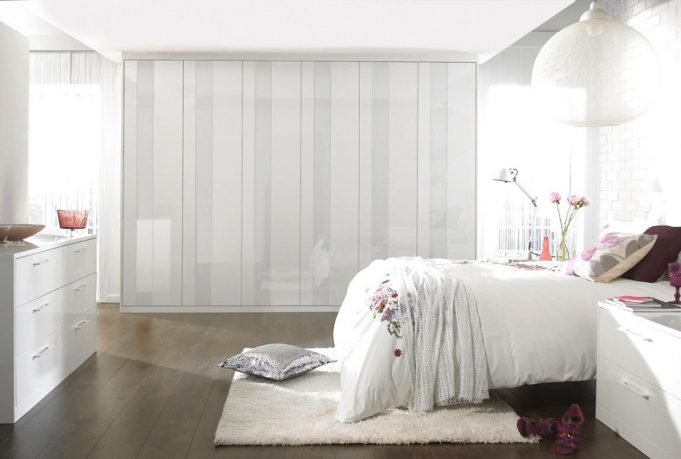 captivating-gloss-white-bedroom-furniture-for-woman