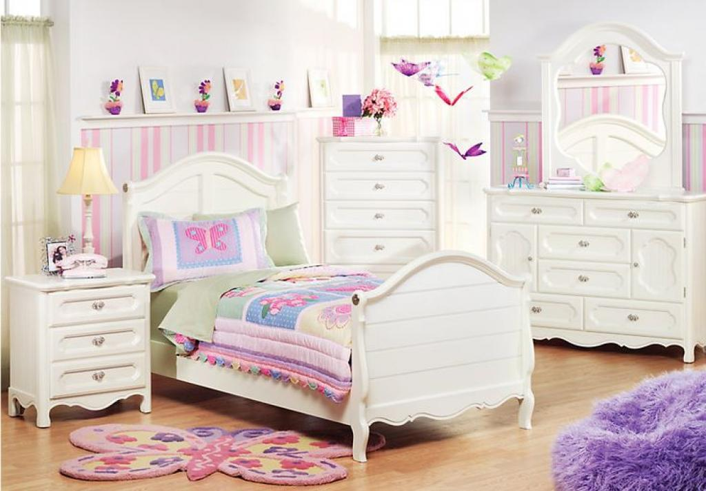 charming-girls-white-bedroom-furniture
