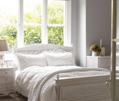 chic gloss white bedroom furniture
