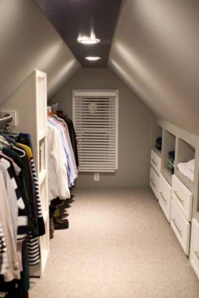 clothes-hanger-attic-storage-ideas