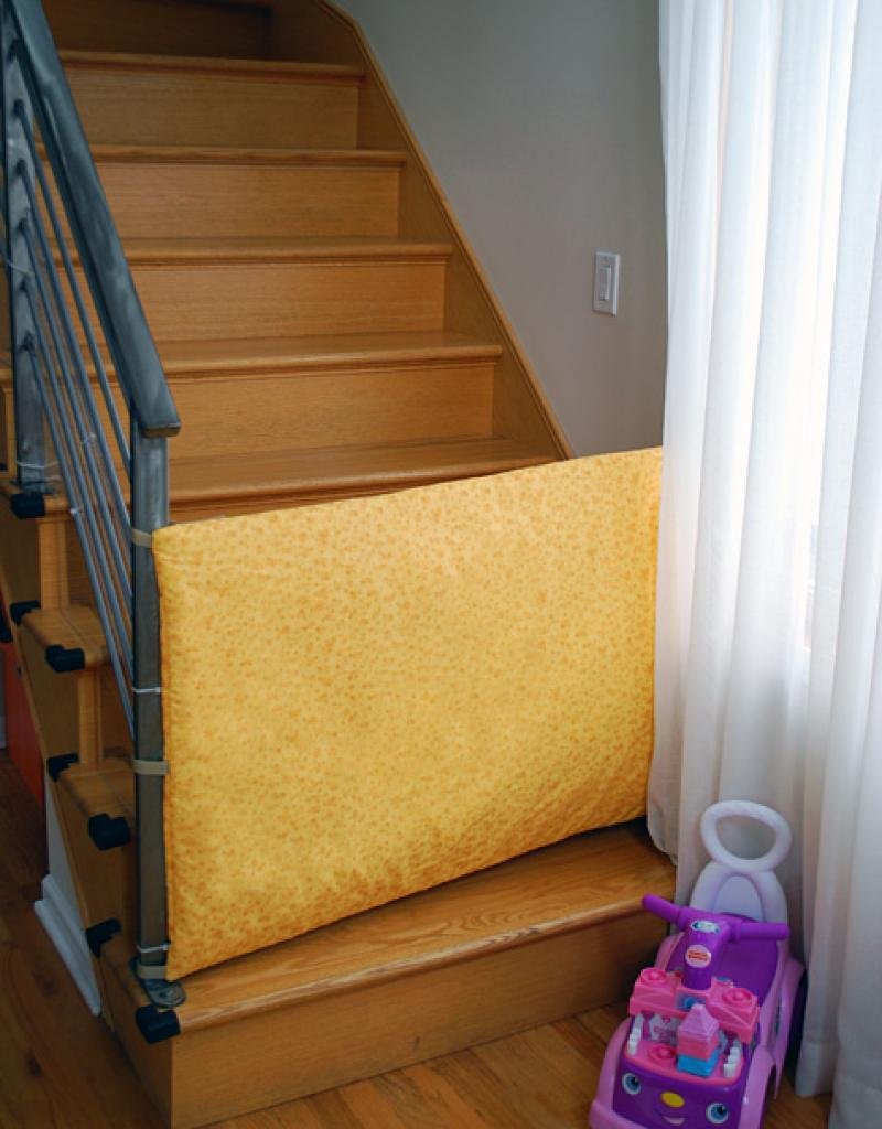 diy-baby-gates-for-stairs-with-fabric-yellow-material