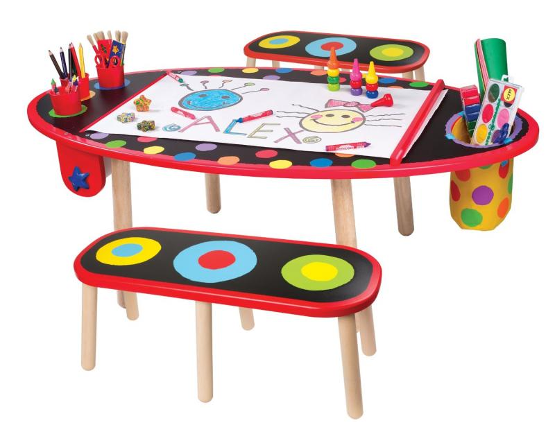 drawing-children-art-tables-and-desks