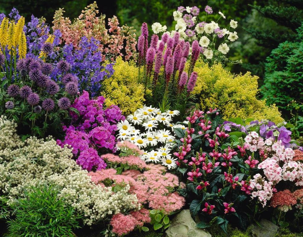 Beautiful landscaping ideas for front yard for Flower garden landscape