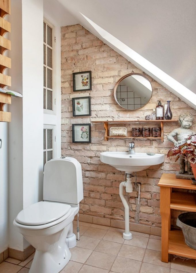 gorgeous-small-bathroom-remodelling-on-attic-with-brick-wall