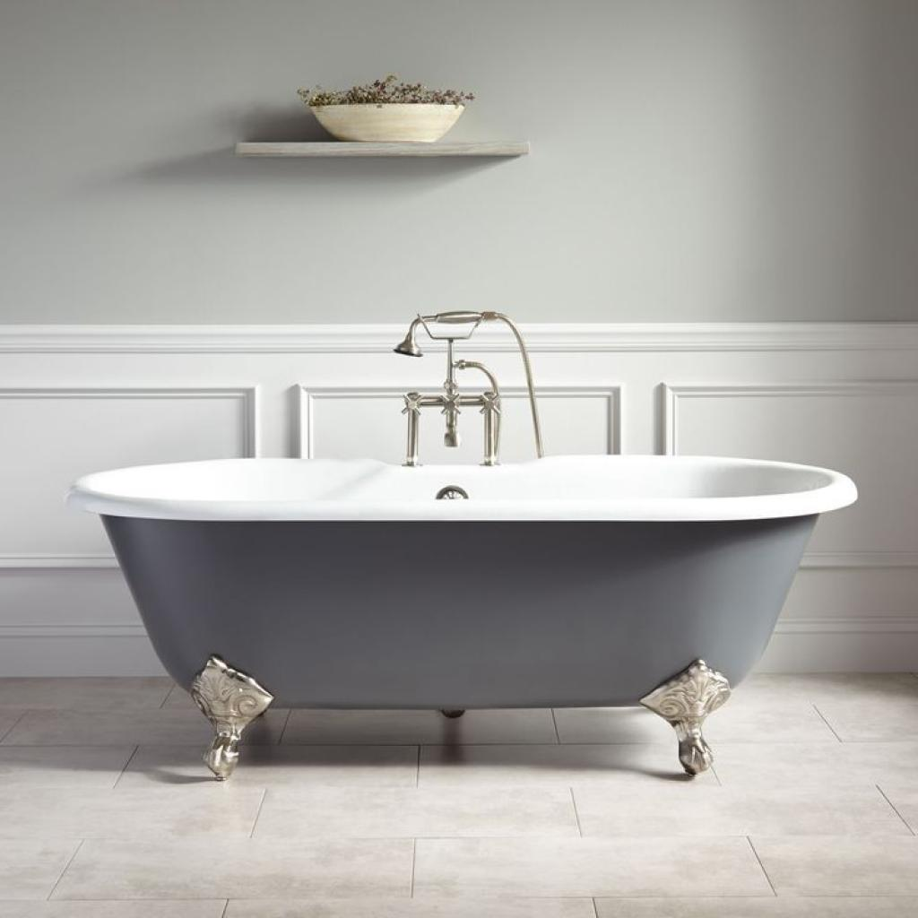 Elegant freestanding bathtubs with modern shower home for Pictures of bathrooms with clawfoot tubs