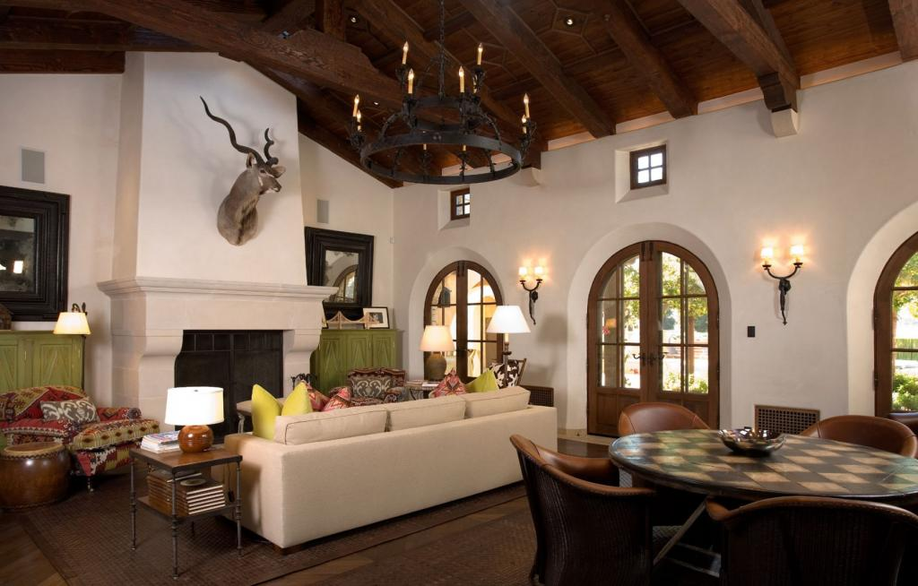 Mediterranean spanish style homes interior living room - Homes interiors and living ...