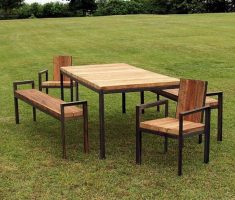 minimalist and small patio from recycled wood furniture
